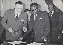 Burkina Faso-Upper Volta (1958–1984)-Maurice Yaméogo and Louis Jacquinot exchanging instruments of ratification for the independence of the Upper Volta