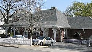 Park Street Railroad Station - Image: Medford MA Park Street Railroad Station