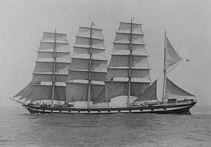 Medway (1902) - Image: Medway (ship, 1902) SLV H91.108 374