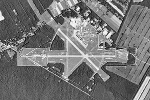 Millville Municipal Airport-NJ-10Mar1991-USGS.jpg