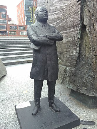 Bijlmermeer - Statue of Martin Luther King by artist Arico Caravan, placed next to the statue of Anton de Kom as an artistic intervention