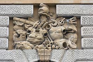 Porte du Peyrou - Image: Montpellier Porte du Peyrou Barrette 3 20120606