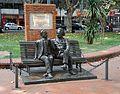 Monumento al encuentro entre Einstein y Vaz Ferreira.jpg