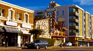 Thai Town, Los Angeles - Motel (center) and two other buildings on Hollywood Boulevard in Thai Town, 2015