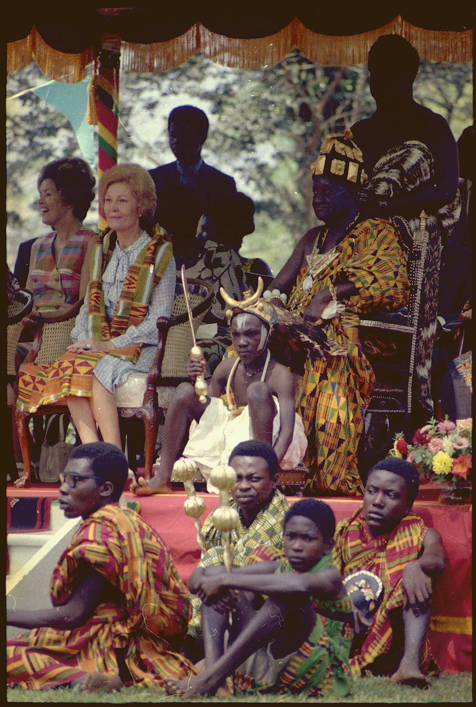 Mrs. Nixon attends a ceremony in Ghana - NARA - 194403