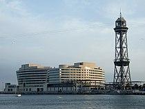 Muelle 18 del puerto de Barcelona.jpg