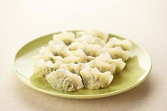 Mandu (food) - mul-mandu, boiled dumplings
