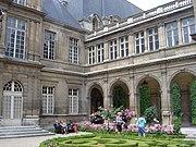 Musee Carnavalet dsc03735.jpg