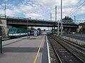 Nagyvásártelep railway bridge and Közvágóhíd HÉV station (Line 6), 2017 Ferencváros.jpg