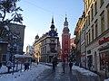 Narożna kamienica przy Placu Piastowskim i dzwonnica kościoła św. Jana w Jeleniej Górze - Cieplicach Śląskich-Zdroju.jpg