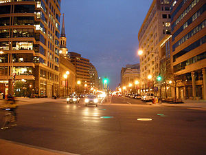 New York Avenue (Washington, D.C.) - New York Avenue N.W. in Washington D.C. at the intersection of 14th Street looking east