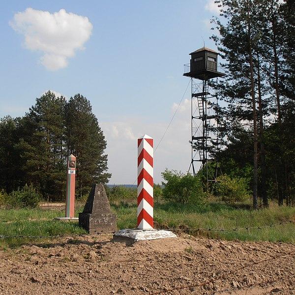 Польша будет держать границы закрытыми для иностранцев до 12 июня
