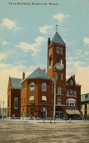 File:Old Town Building, Brunswick, ME.jpg