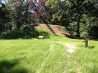 Owl Creek Mounds - Image: Owl Creek Mounds 1