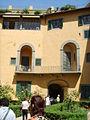 Palazzo guicciardini, prospetto interno 01.JPG