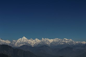 Berinag - Image: Panchachuli and nearby peaks