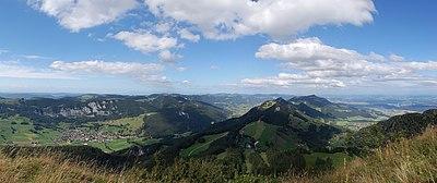 Panorama von Roeti 1.jpg