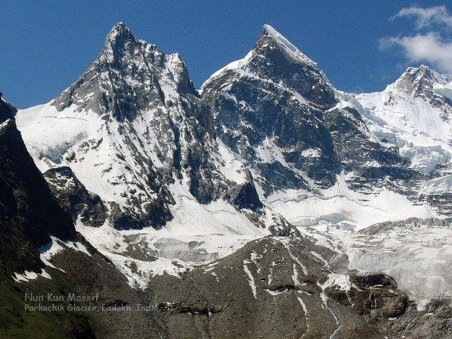 Parkachik Glacier, Nun Kun Massif