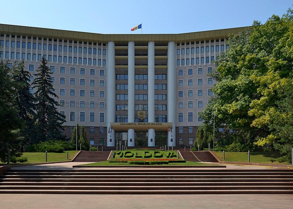 Parliament Building in Chi%C8%99in%C4%83u