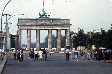 Soviet tanks in WWII: Correcting the errors of the first 2 ...  |Brandenburg Gate Ww2