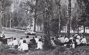 Bommersvik - Per Albin Hansson (Prime Minister of Sweden from 1932 to 1946) delivering an outdoor lecture on Bommersvik grounds. Summer 1940