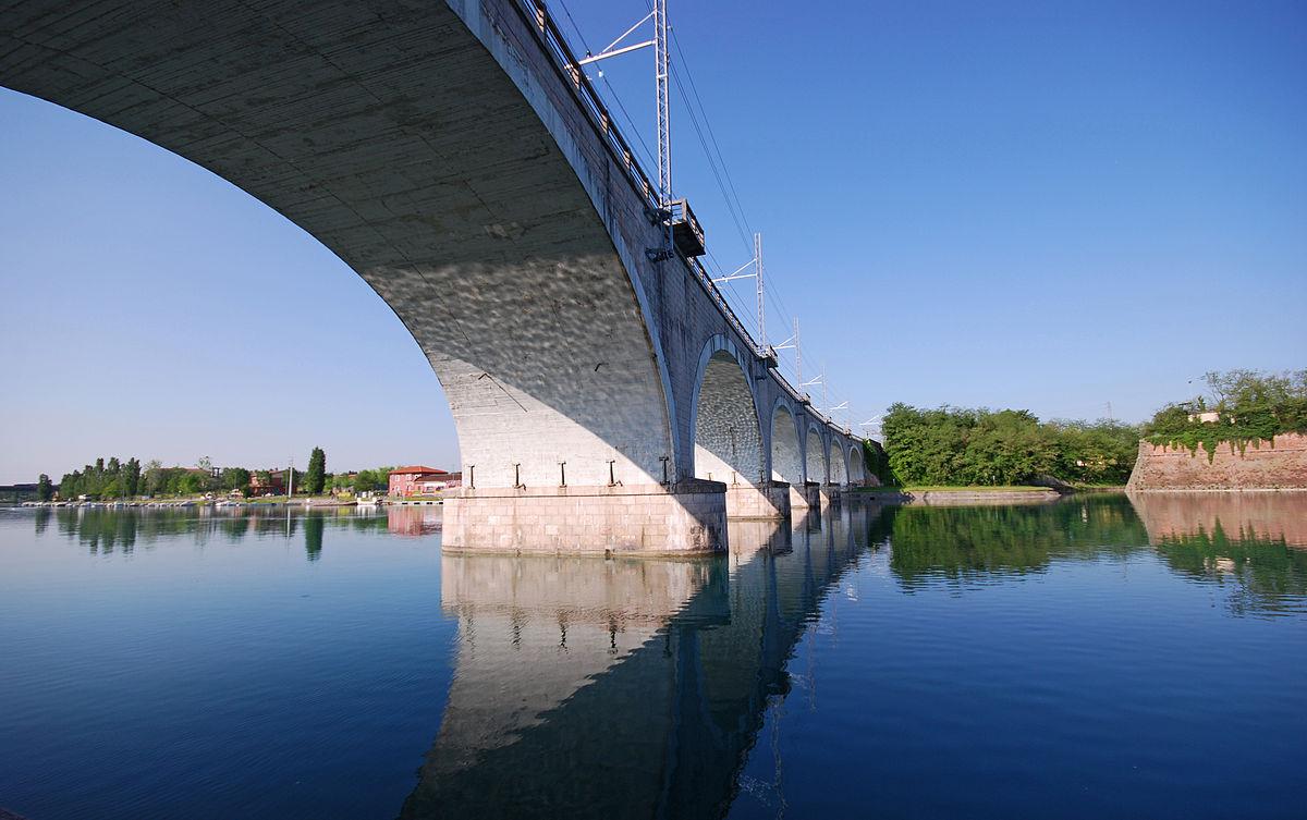 Ponte ferroviario di peschiera del garda wikipedia for Piani di fondazione del ponte