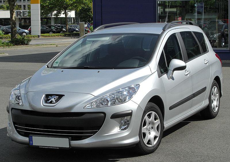 Fichier:Peugeot 308 SW front 20100724.jpg — Wikipédia