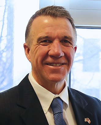 Governor of Vermont - Image: Phil Scott 2017 (cropped)