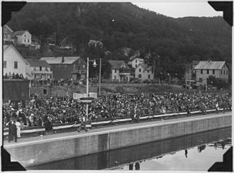 "Lock and Dam No. 4 - An old photograph dated September 1935 and captioned ""Photograph of crowd onshore assembled for Alma, WI dam dedication."""