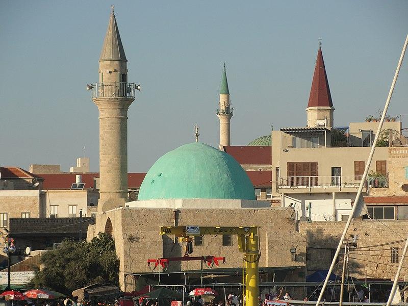 המסגד והכנסייה של עכו