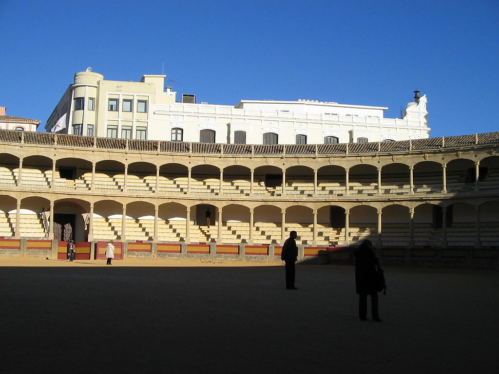 Fichier:Plaza de Toros, Bullfighting ring in Ronda, Spain 2.jpg — Wikipédia