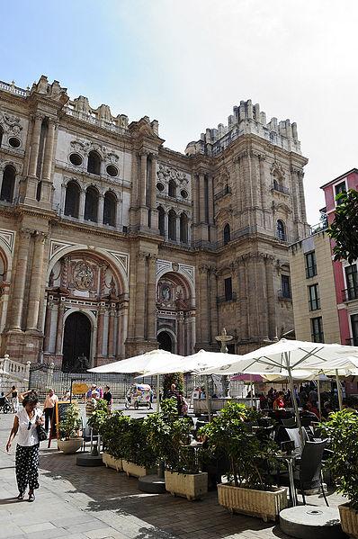 File:PlazadelObispoMalaga.jpg