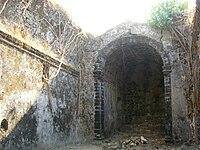 Portuguese church of Korlai fort.jpg