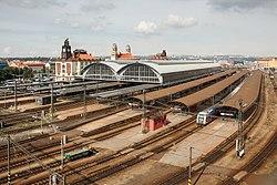 Praha hlavní nádraží (celkový pohled).jpg