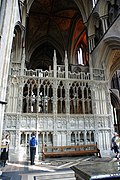 Prince Arthur's Tomb and Chantry Chapel, Worcester Cathedral (14440052239).jpg