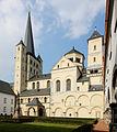 Pulheim-Brauweiler, Pfarrkirche St. Nikolaus, Denkmal I-001.jpg