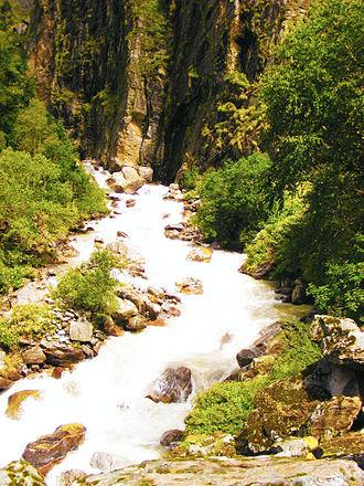 River Pushpawati - The Pushpawati rushing out of Valley of Flowers