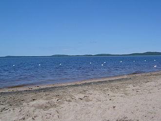Baskatong Reservoir - Image: Réservoir Baskatong 01