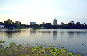 Southern Avenue, Kolkata - Image: Rabindra Sarovar view
