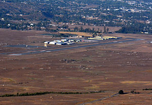 Ramona Airport - FAA airport diagram, below: Aerial approach from the west.
