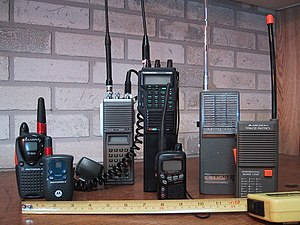 Walkie-talkie - Recreational, toy and amateur radio walkie-talkies