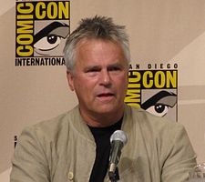 Richard Dean Anderson Comic Con 2008.jpg