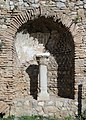 Roman agora (Delphi) 05.jpg