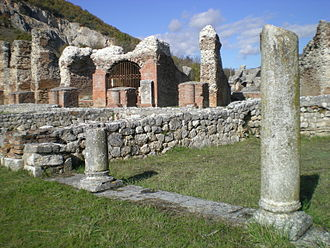 Abruzzo - The Roman site Amiternum