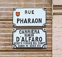 Señalización bilingüe en Toulouse.