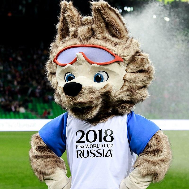 A 100 DÍAS del Mundial, Putin 'juega' futbol junto a otras figuras