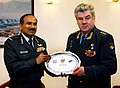 Russian Air Force Chief with Indian ACM Arup Raha.jpg