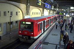 S-Bahn Hamburg Type 474 1.jpg