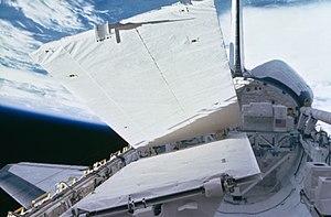 STS-41-G - SIR-B antenna deployment.