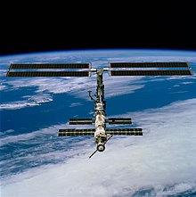 STS-97 ISS.jpg